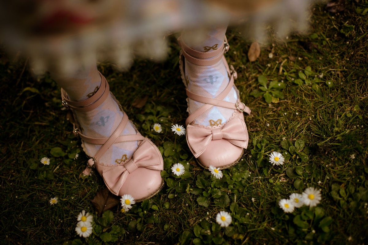 alice in wonderland pink vintage shoes