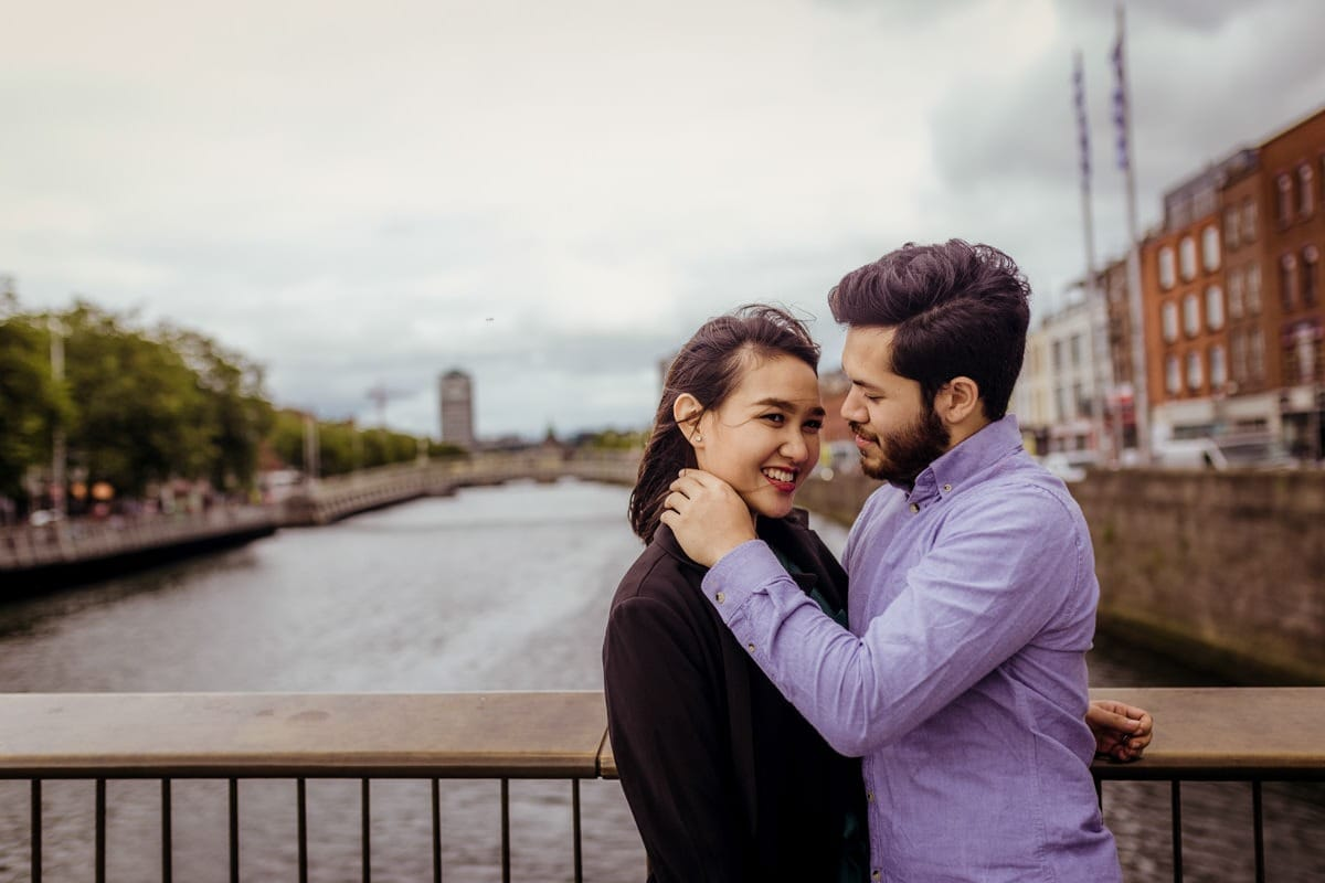 Engagement shoot in Dublin by Liffey River