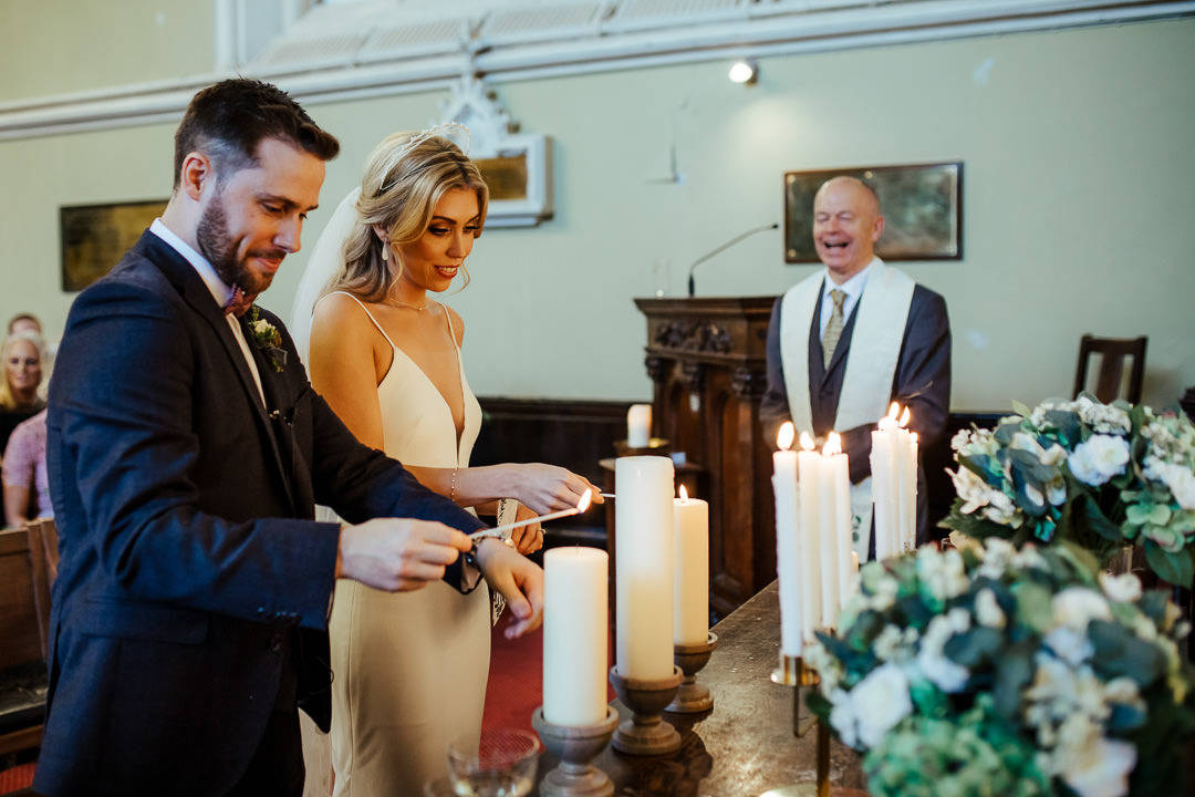 unitarian church dublin wedding lighting unity candles