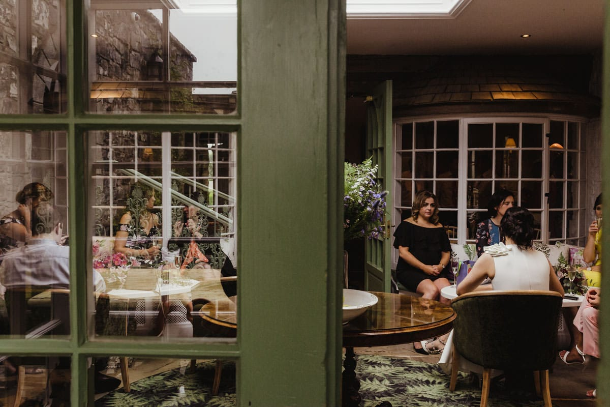 intimate wedding at cliff at lyons drinks reception