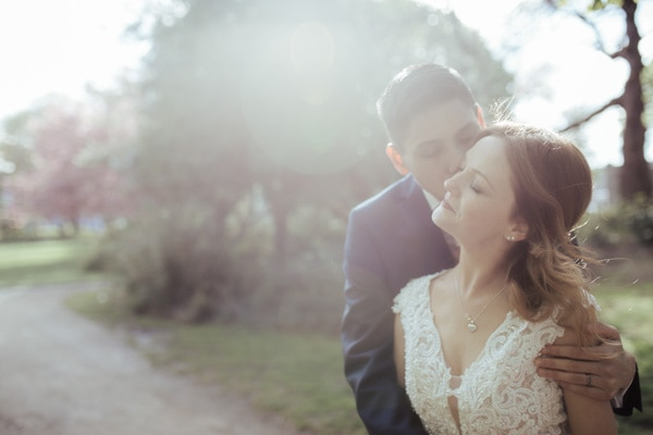 sunlit wedding photo in merrion square park dublin