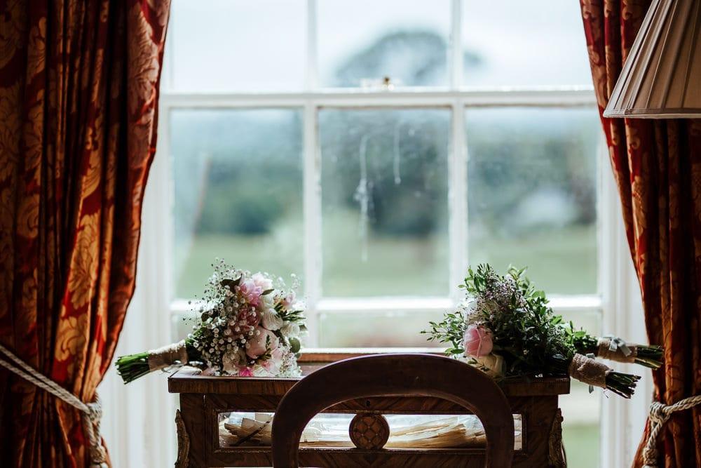 diy wedding flowers horetown house bridal suite