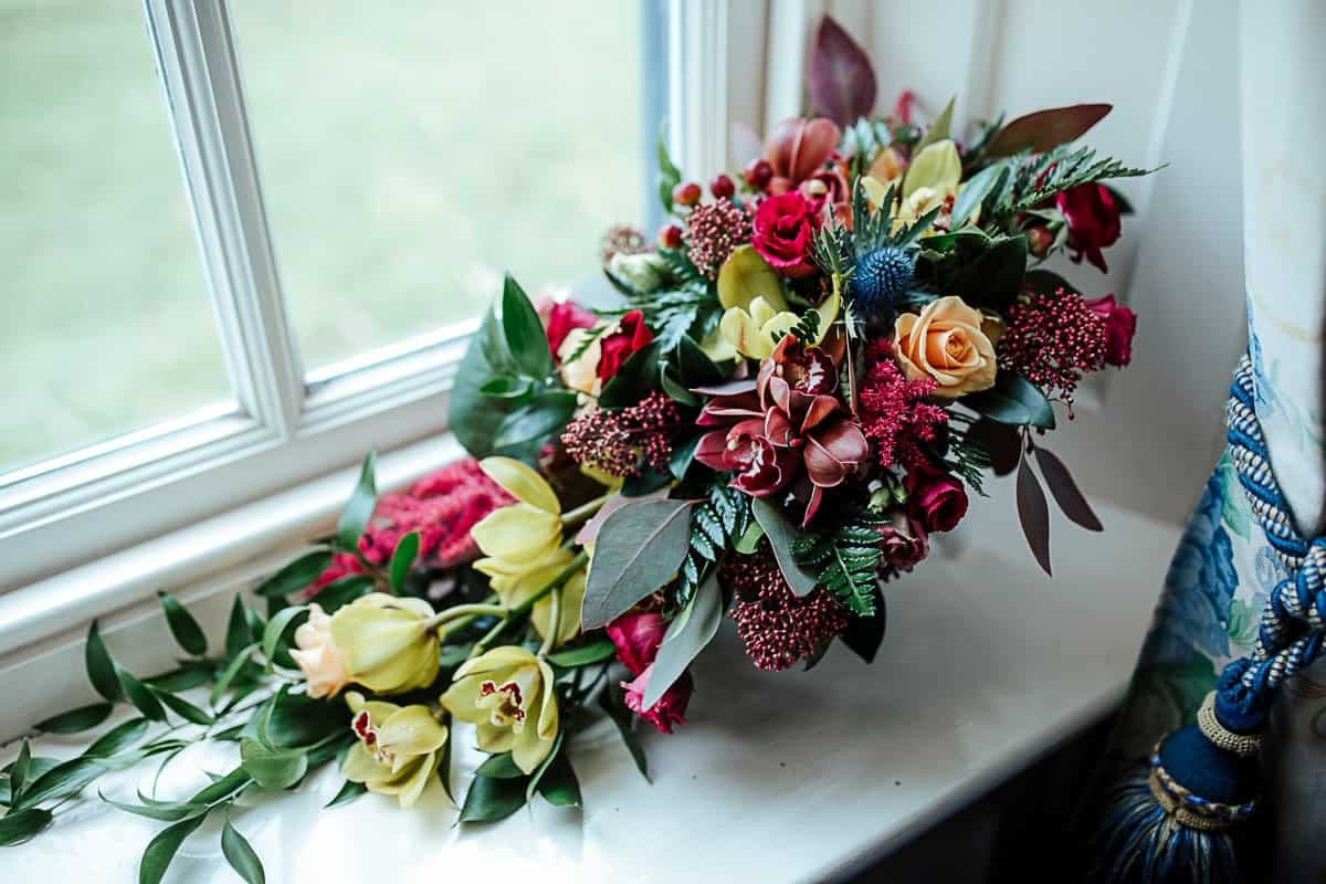 colourful bouquet for a fall wedding