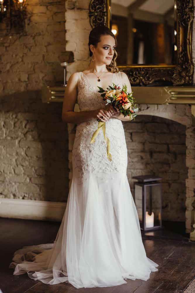 mermaid lace wedding dress dramatic bridal look for autumn wedding