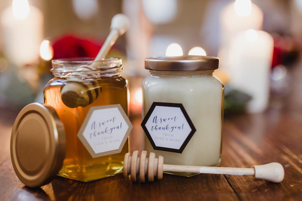 honey jars as wedding favours autumn wedding ideas