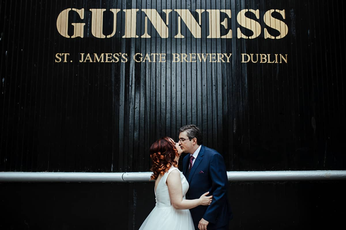 wedding photos at the guinness storehouse dublin