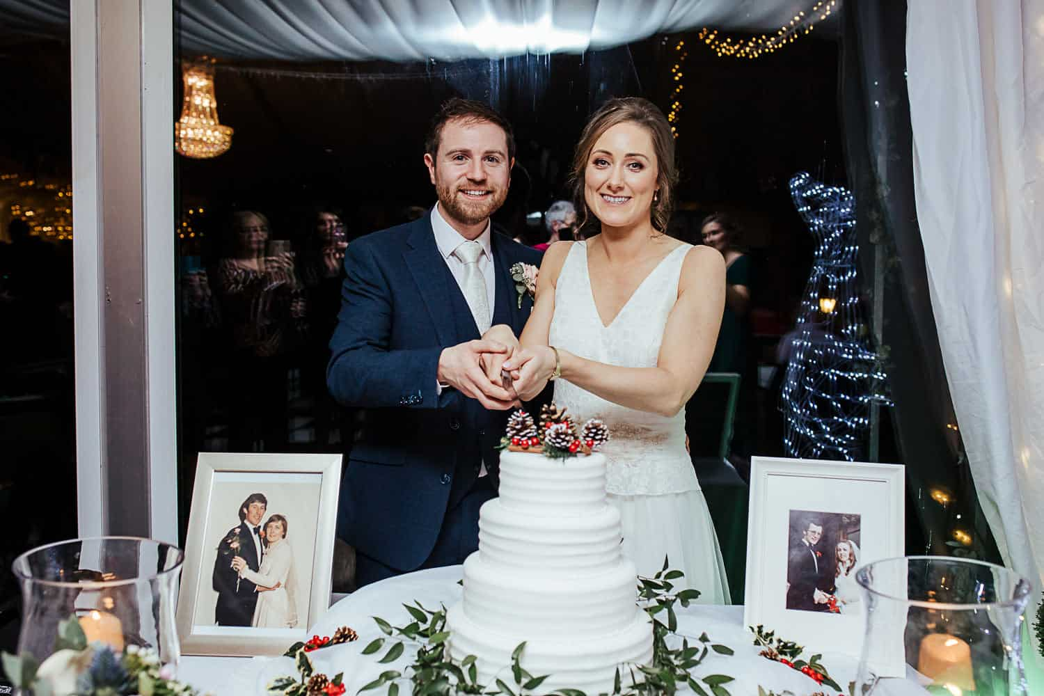 cake cutting at ashley park house wedding