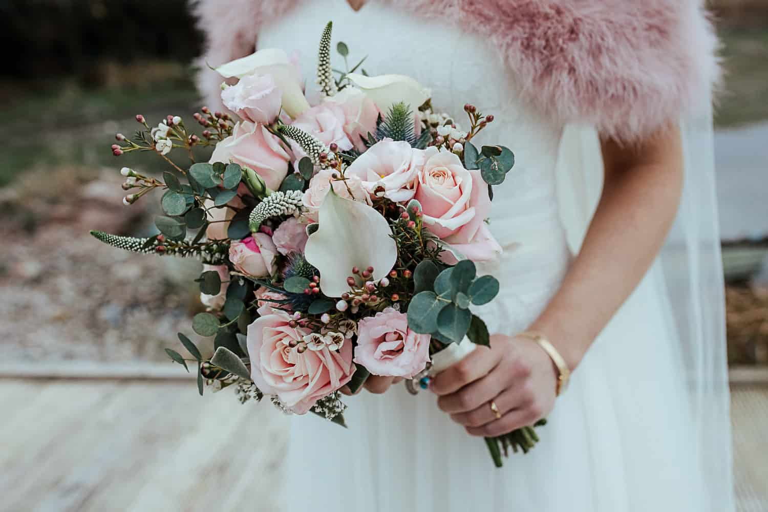 pink flowers for winter wedding