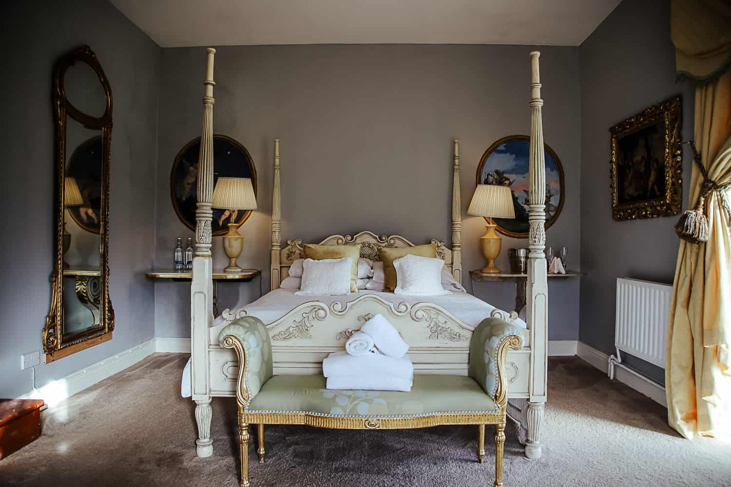 bridal suite four poster bed at loughchrew house wedding