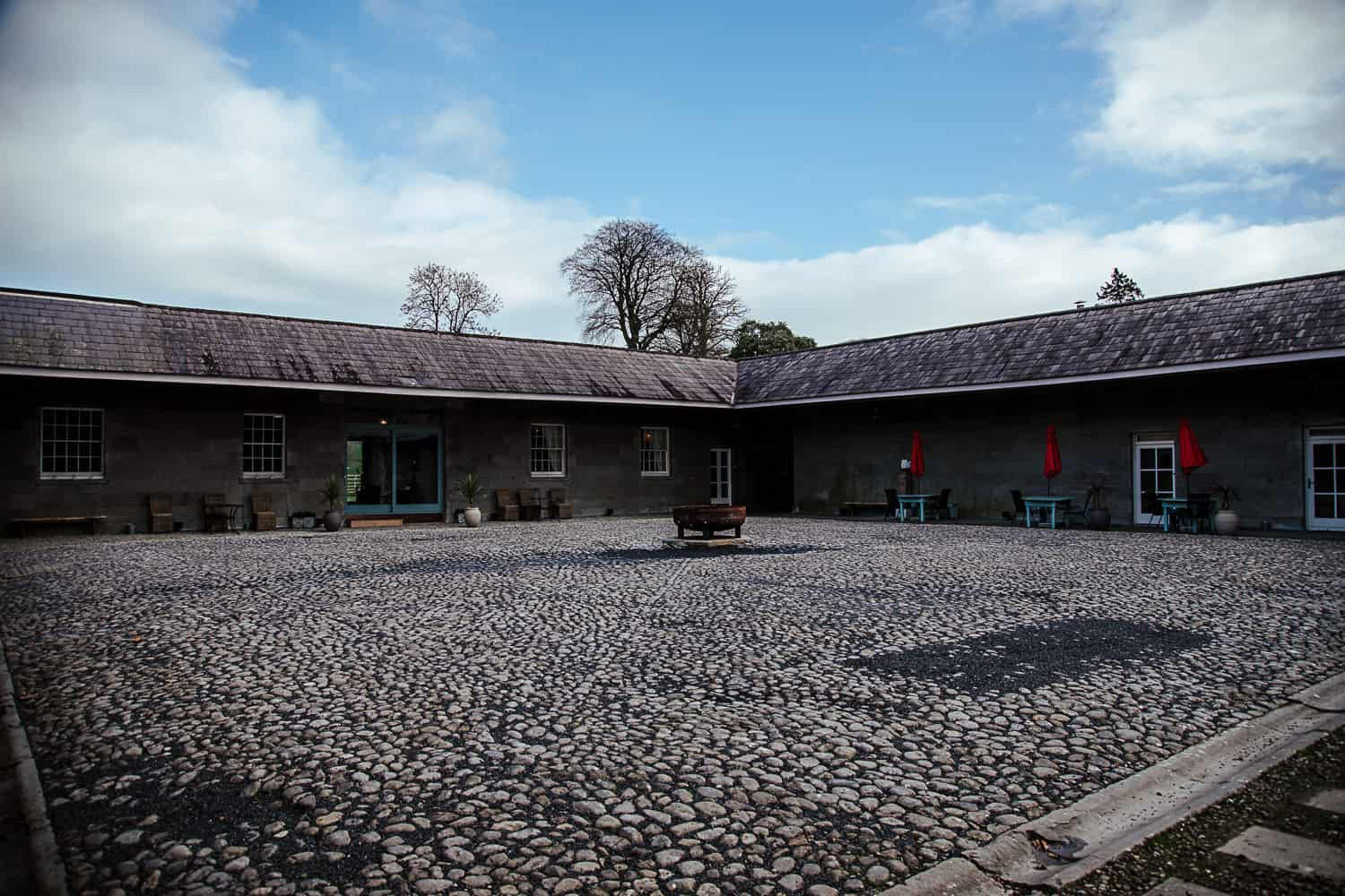 loughchrew house wedding open courtyard for drinks reception