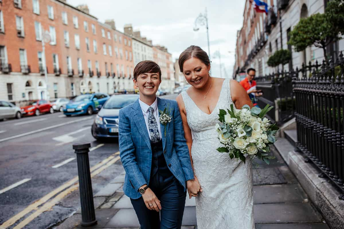 wedding couple dublin city wedding 25 fitzwiliam place