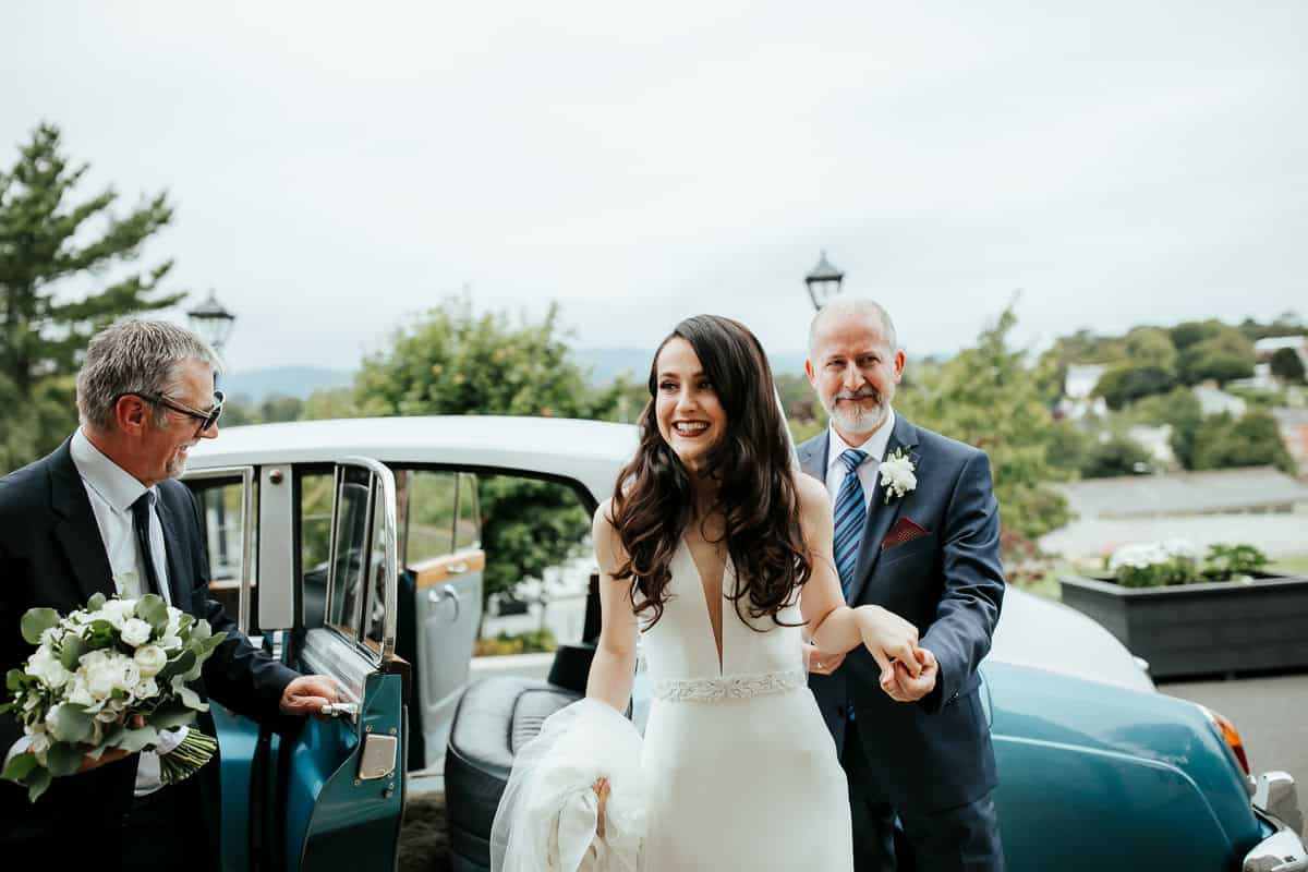 bride and her father arriving at st patrick's church wicklow