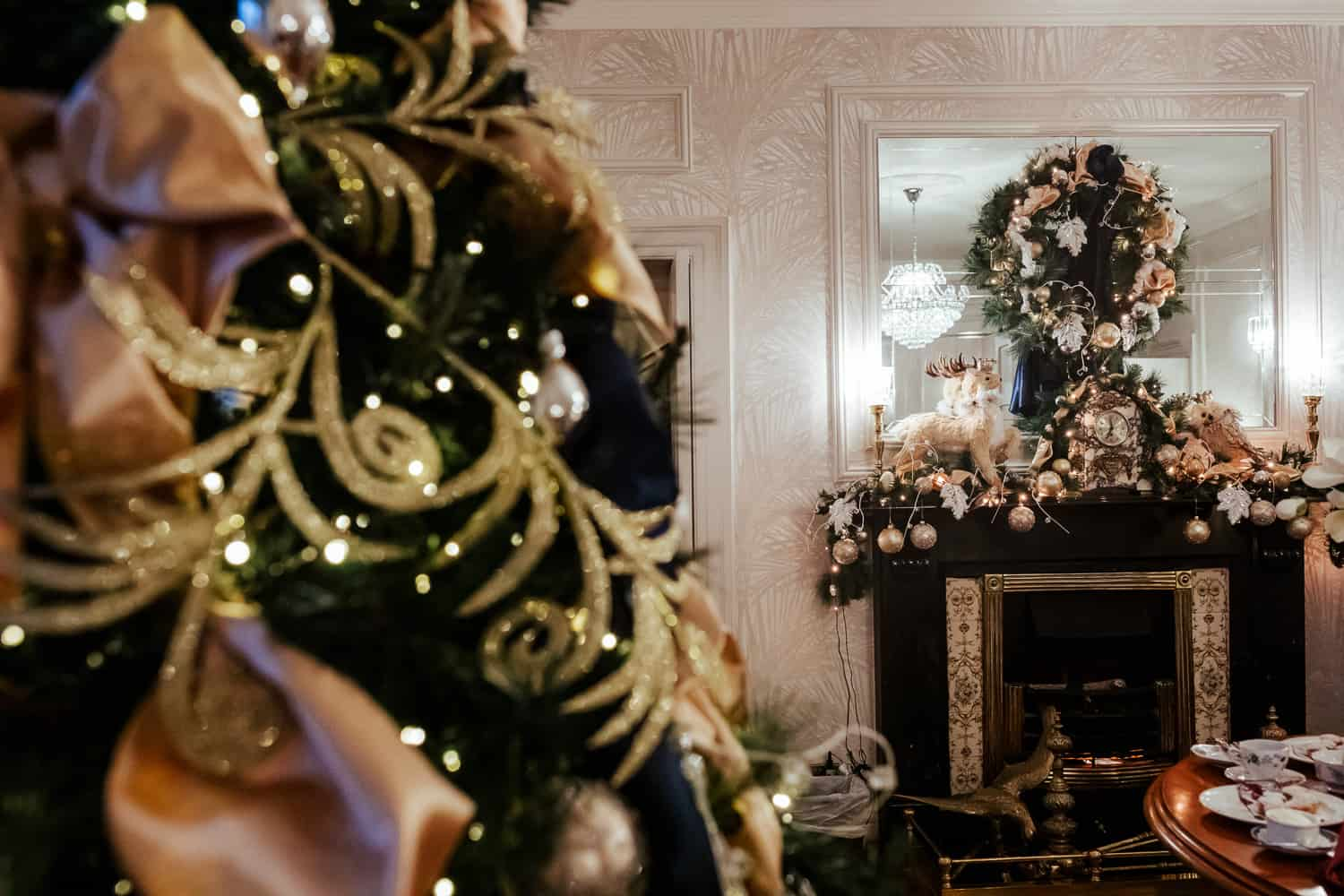 darver castle christmas wedding decor
